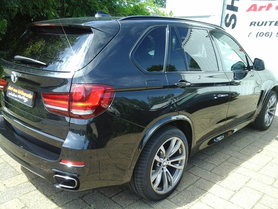 BMW X5 raamfolie gemonteerd door Art on Wheels  99% UV werend